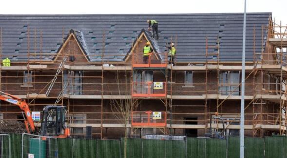 供应短缺和成本上升可能会影响住房负担能力