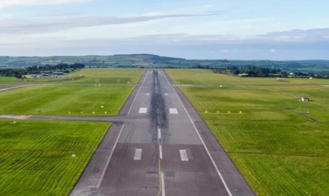 """""""爱尔兰航空香农-伦敦希思罗机场航班今天返回"""