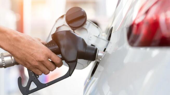 """""""由于碳税增加 柴油和汽油成本上升"""