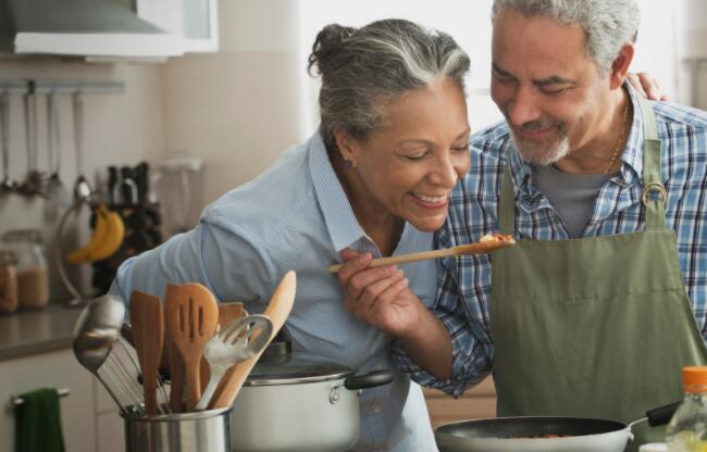 """""""您应该在完全退休年龄申请社会保障吗"""